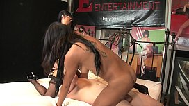 Two Latin chicks Veronica Rodriguez and Gulliana Alexis in hot threesome action