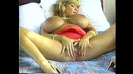 Nikki Knockers Solo Big...