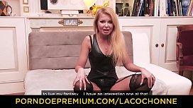 LA COCHONNE - Busty blonde...