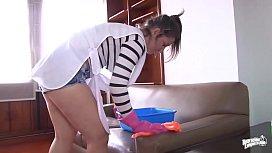 OPERACION LIMPIEZA - Horny cleaning...