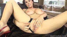 Big Tit Kiana Give...