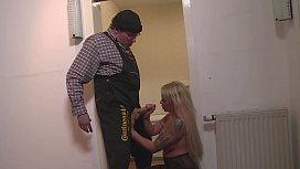 Bei Wohnungsubergabe den Hausmeister...