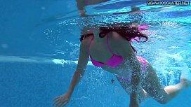 Jessica Lincoln hottest underwater...