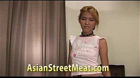 Thai Street Girl Loves...