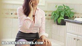 BLACKS ON MOMS - Realtor...