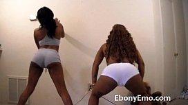 Ebony Booty Shaking...