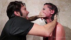 브랜디 애니스톤이 샤워에서 얼굴을 마주 친다 거친, 굴욕, 샤워, 큰 가슴, hd, 조잡한, 질식, 큰 가슴, 피어싱 - 젖꼭지, 조잡한 - blowjob, 극단 - deepthroat, 침을 키스