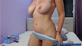 Thick Milf Sucking Her Nipples Having Orgasm On Webcam