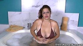 Latina BBW milf Sandra...