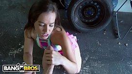 BANGBROS - PAWG Kelsi Monroe...