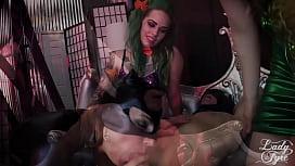 BATMAN: ENSLAVED CRUSADER! COSPLAY...