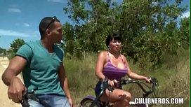 CULIONEROS - Phat Ass Latina Bombshell Sandra Leon Fucks xxxxxnxxxxx
