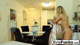 Creepy hot masseuse seduces...