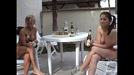Mature blonde gets anal sex blak
