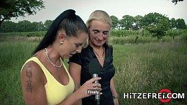 HITZEFREI Hot German blonde...