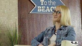 HER LIMIT - Romanian blonde...