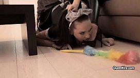 Mistress Kira Queen footfetish...