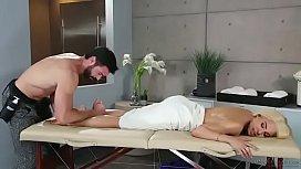 Luna Star massage...