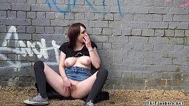 Sexy amateur exhibitionists public...