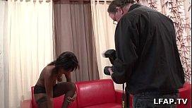 Jolie black francaise suce...