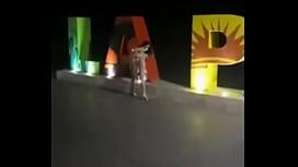 Colombiana se masturba en V&iacute_a Publica  en La Paz Baja California Sur Mexico