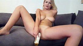 Hot Brit Isla White...