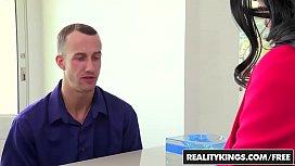 RealityKings - CFNM Secret - Amy...