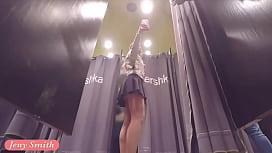 Jeny Smith flashing her...