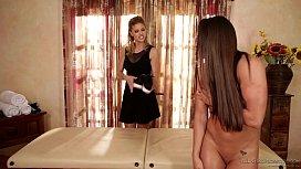 Jessa Rhodes special massage...