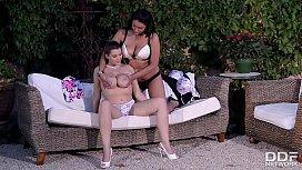 Big Boob Lesbian Babes...