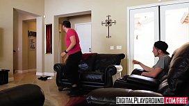 DigitalPlayground - Soapy Step Siblings...