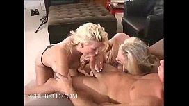 Two Blonds Meatstick Suckjob...
