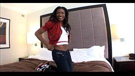 19yo Ebony teen does...