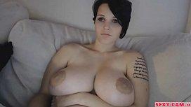 Gorgeous boobs girl webcam...