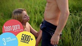 Superb teen Lolly Small masturbating ...