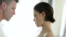 Veronica Morre loves sensual...