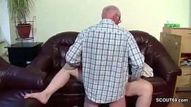 Grandpa fickt seine Stief...