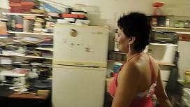 ESPOSA NINFOMANA CAPITULO 2 PARTE 2 DESESPERADA POR PIJA  LLAMO TECNICOS  DE AIRE Y ME LOS COJO