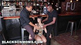BLACKSONMOMS - Tag Teaming A...