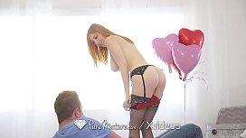 PureMature MILF Lauren Phillips...