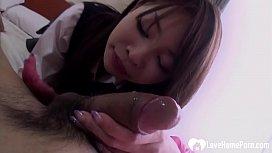Schoolgirl Yuri Aine gets...