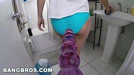 BANGBROS - Amateur hottie Mandy...