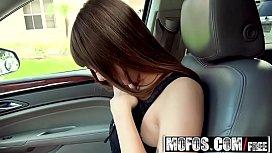 Mofos - Stranded Teens - Shae...