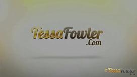 Tessa-fowler-voodoo-boobs...