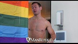 ManRoyale - Brenner Bolton Seduces...