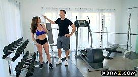MILF gym workout on...