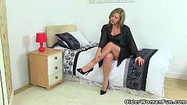 British milf Silky Thighs...