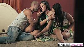 Babes - Valentina Nappi and...