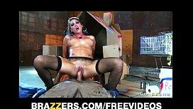 Lizz Tayler has a...