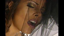 Sexy milf Felecia masturbates